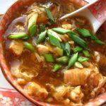 Supa chinezeasca iute acrisoara 酸辣汤