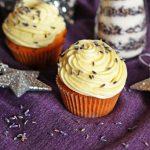Cupcakes cu lavanda si ciocolata alba