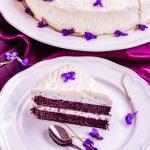 Tort cu violete