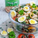 Salata de fasole cu varza kale