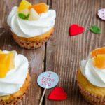 Cupcakes cu fructe tropicale si cocos