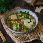 Supa de linte cu parmezan
