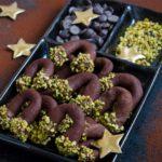 Cornulete cu ciocolata si fistic
